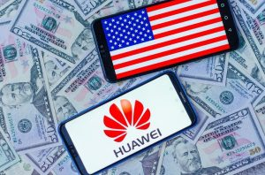 Donald Trump allows american companies to sell to Huawei donald trump allows american companies to sell to huawei Donald Trump allows american companies to sell to Huawei 960x0 300x198